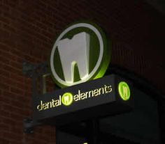 dental clinic blade illuminated sign